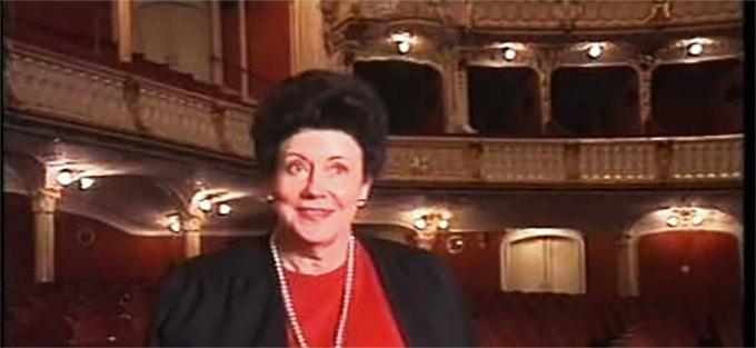 12 - Mimi-Coertse-b.-1932