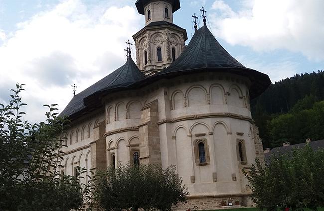 Biserica Mănăstirii Putna