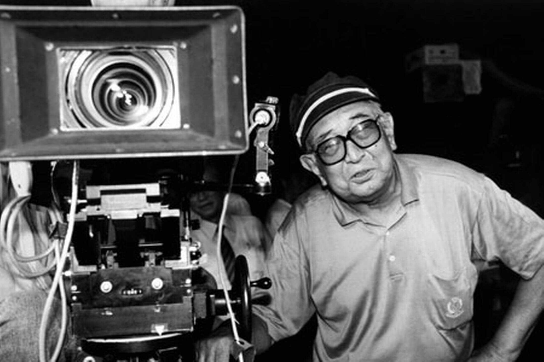 23 - Akira-Kurosawa-1910–1998